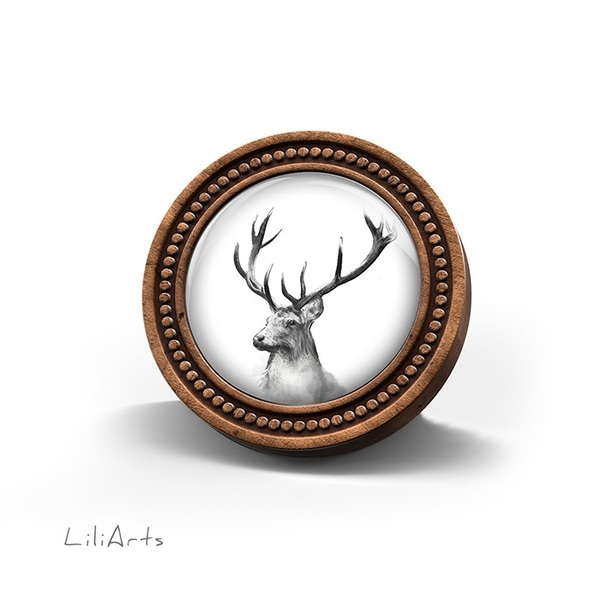 Wooden brooch LiliArts - Deer - Into the wild
