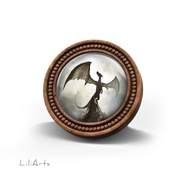 Broszka drewniana LiliArts - Smok cienia