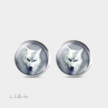 White wolf - stud earrings