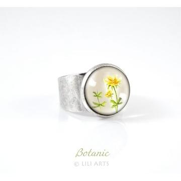 Liliarts ring - primrose